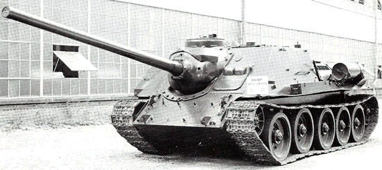 su-100-tank-destroyer-01