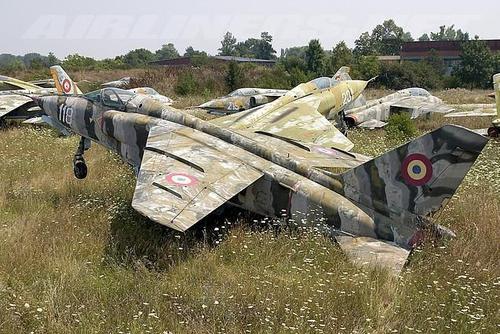 iar-93-aflat-langa-aeroportul-din-craiova