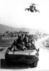mi-24-escortand-coloana-sovietica